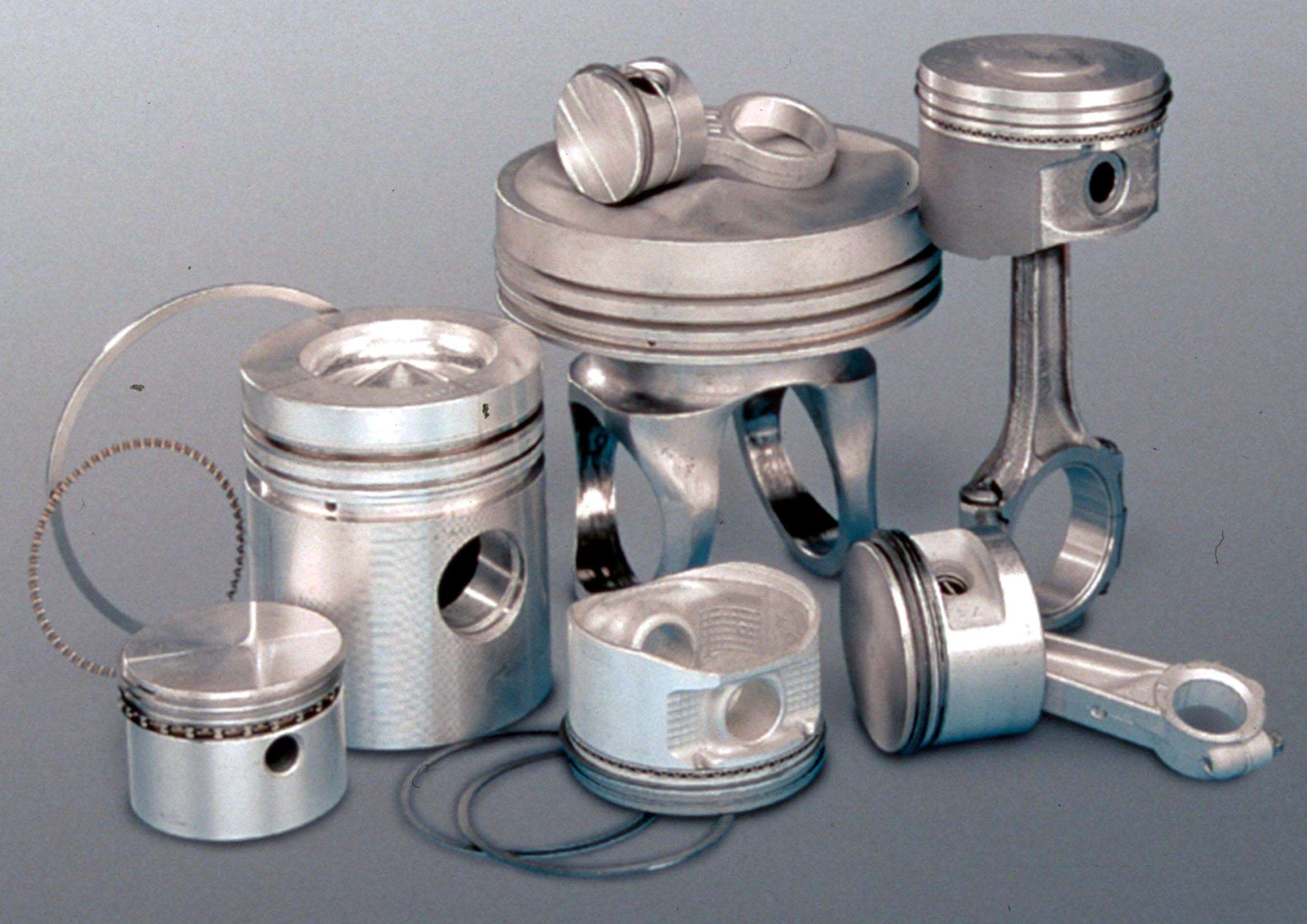 PISTONS AND RINGS & CYLINDERS