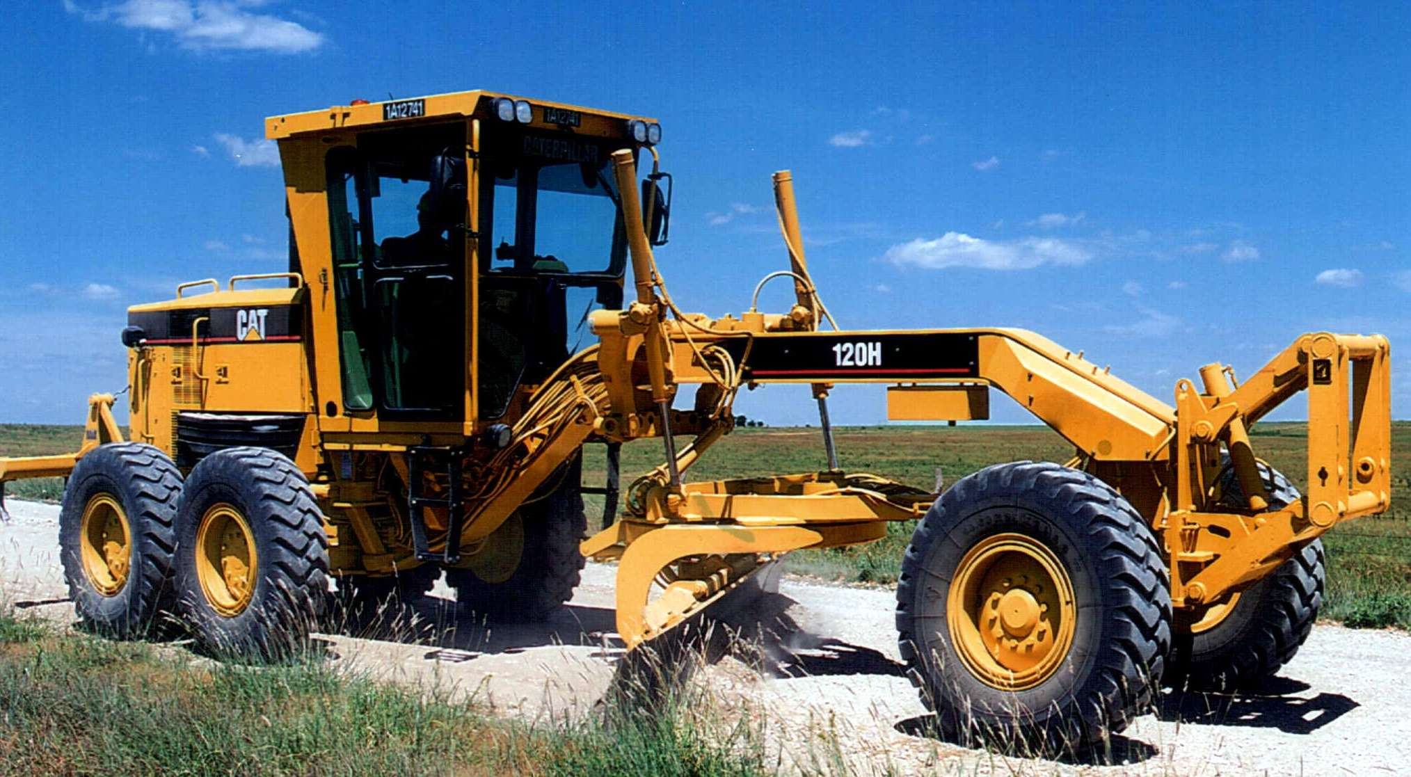 Three Caterpillar Motor Graders Offer More Powerful And