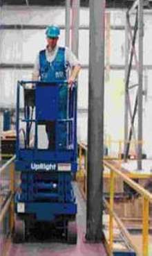 Scissor Lift maintains full dual-wheel drive at all times.