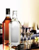 Aluminum Screw Cap PET Bottles  target spirits market.