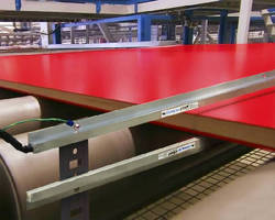 Ionizing Bars eliminate static across large production lines.