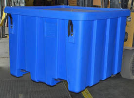 UN/DOT-Approved Bulk Containers stay covered and secure.