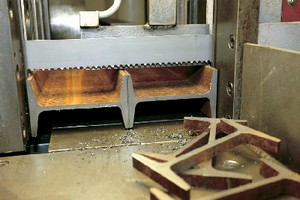 Band Saw Blade cuts tubes and profiles.