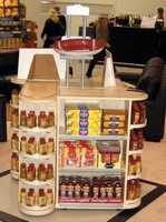 Modular System optimizes visibility in retail environments.
