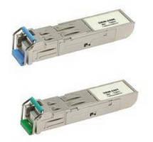 Bidirectional Transceiver features hot-pluggable design.