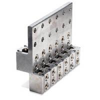 Transformer Spade Connectors maximize cabinet clearance.