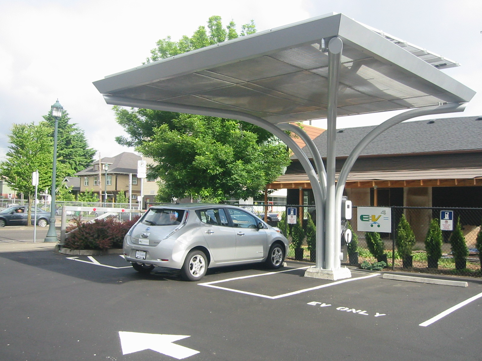 Nissan Leaf @ PDC ETM Pic#1