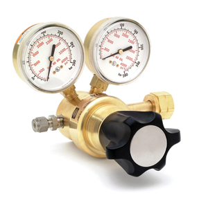compressed gas pressure regulators