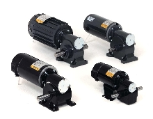Gearmotors have sealed design to keep oil clean.