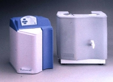 Reverse Osmosis System purifies water for lab use.
