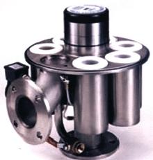 Liquid Filtration Systems clean machine tool coolant.