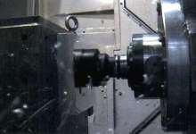 Machining Center offers high torque/high-speed spindle.