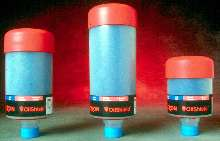 Breather Filter helps maintain oil quality.