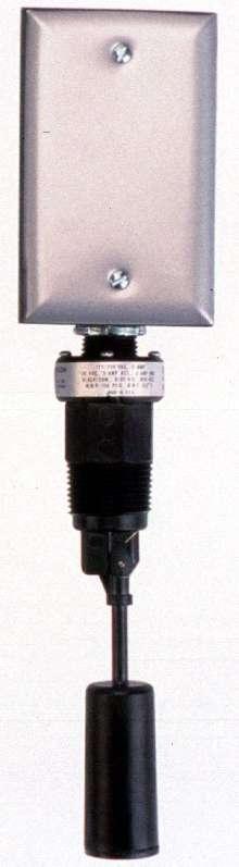 Liquid Level Switch has weatherproof enclosure.