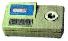 Thermocouple Thermometer suits plant/laboratory applications.