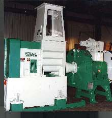 Disc Agglomerator densifies thermoplastic materials.