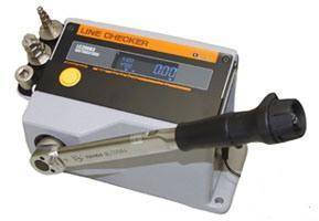 Digital Torque Wrench Checker includes judgment function.