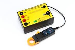 Data Logger Kit records DC voltage and current.