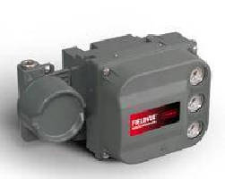 Digital Valve Controller incorporates position transmitter.