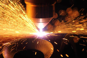 Hypertherm Introduces New Short Torch for Use in 3D Plasma Cutting