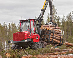 Logging Forwarder offers 15.4 ton payload capacity.