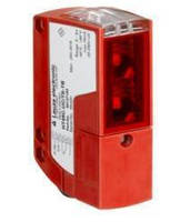 Photoelectric Sensors offer operating range up to 120 m.