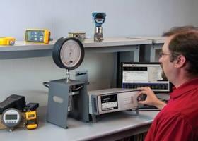 Pressure Controller/Calibrator has versatile, modular design.