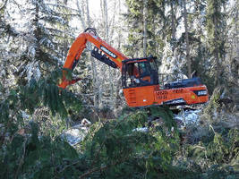 Log Loader features Tier 4-compliant diesel engine.