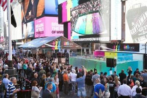 Epson EcoTank(TM) Printers and U.S. National Synchronized Swim Team Delight Audiences in Times Square and Online