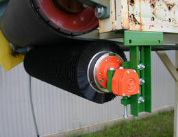 Brush Cleaner removes residual materials from conveyor belts.