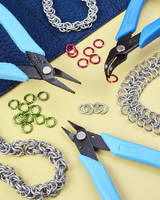 Chainmaille Pliers Kit optimizes user comfort and control.