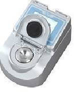 Refractometer performs analysis in compact lab spaces.