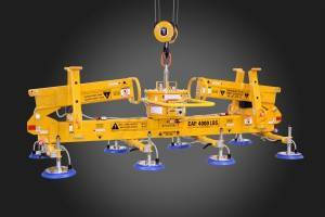 Mechanical Gull Wing Vacuum Lifter has telescoping parking stands.