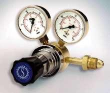 Pressure Regulators suit applications in excess of 60 scfm.