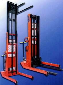 Telescoping Hydraulic Stacker lifts loads up to 130 in.