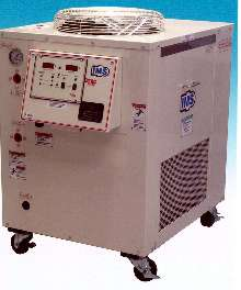 Mold Chillers minimize temperature variations.