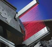 Part Sensing Light Screen detects miniature objects.
