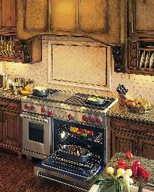 Dual Fuel Range combines gas cooktop and electric oven.