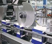 Vertical Cartoner reaches speeds up to 750 cartons/min.