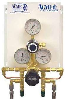 Cylinder-Gas Changeover Manifold has single-knob control.