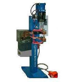 Pedestal-Style Welder features flexible, compact design.