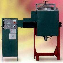 Solvent Recycler Series offers fully automatic operation.