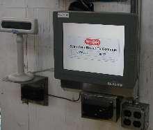 Vehicle-Mount Computer has display heater and UPS backup.