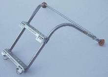 Stabilizer attaches to extension ladders up to 40 ft.