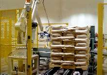 Palletizing System overlaps bags for increased stability.