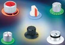 Illuminated Knobs make indicator characters visible.