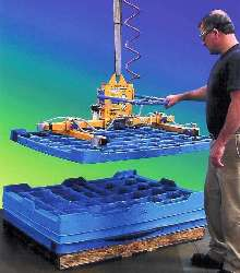 Vacuum Lifter lets one person unstack nested trays.