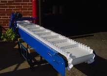 Belt Conveyors transport small objects.