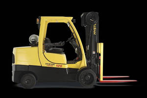 Hyster® Lift Truck Series Earns 2014 Silver Product of the Year Award