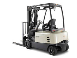 Crown Equipment Picks Up Excellence in Ergonomics Award for Forklift Design